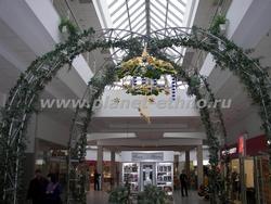 новогоднее оформление магазина - дизайн торгового зала