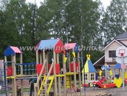 детские площадки – размещение игрового комплекса в городской зоне отдыха