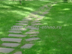услуги по озеленению - устройство пошаговой дорожки