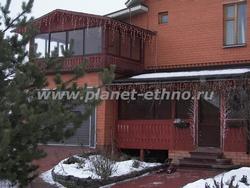 оформление фасадов домов с использованием плей-лайта