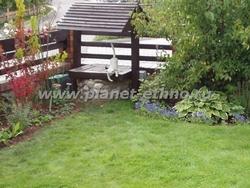 МАФ на садовом участке - декоративный колодец