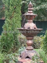 установка фонтана из архитектурного бетона на участке
