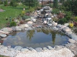 строительство искусственных водоемов - декоративный пруд с каскадом